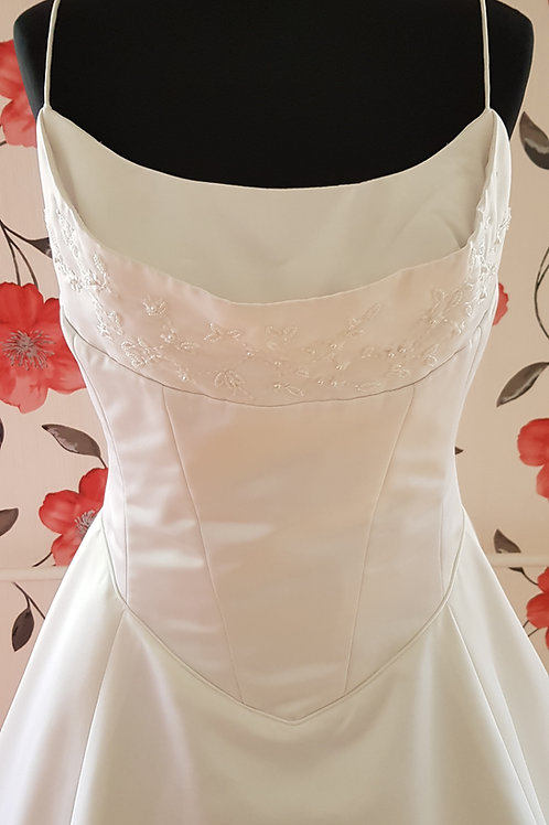 41. Menyasszonyi ruha