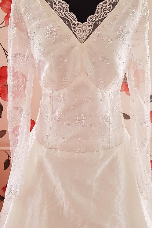 9. Menyasszonyi ruha