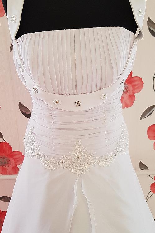 27. Menyasszonyi ruha