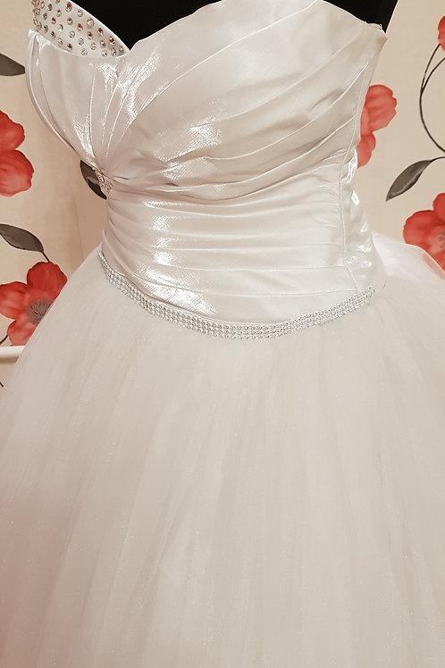 É1 Menyasszonyi ruha