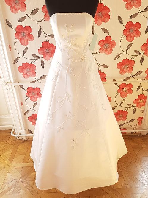 M115 Menyasszonyi ruha