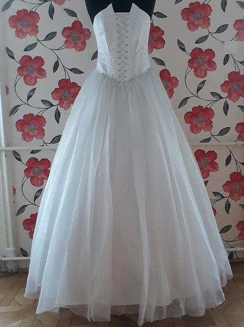 M19 Menyasszonyi ruha