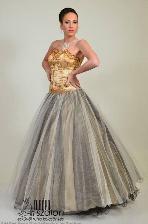 5e7453c4fb Tüllös arany színű alkalmi ruha, báli ruha.