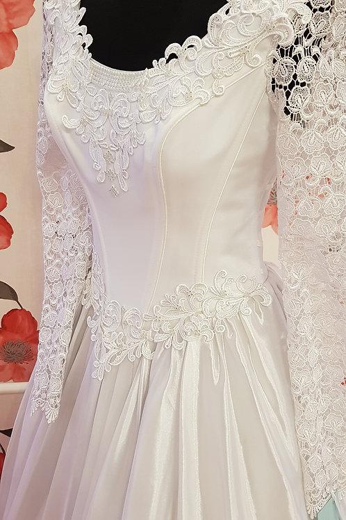 F62 Menyasszonyi ruha