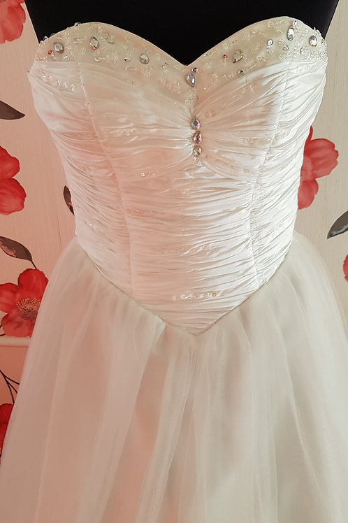 12. Menyasszonyi ruha