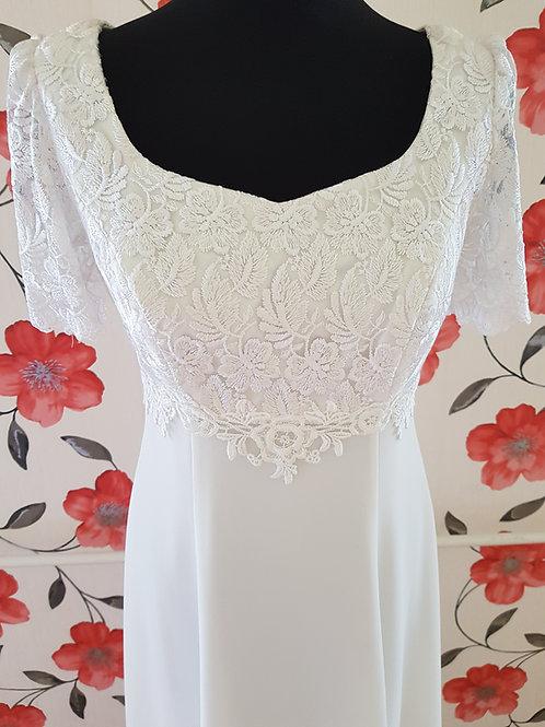 F23 Menyasszonyi ruha