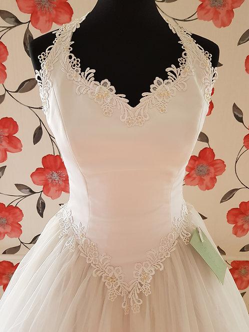 M75 Menyasszonyi ruha