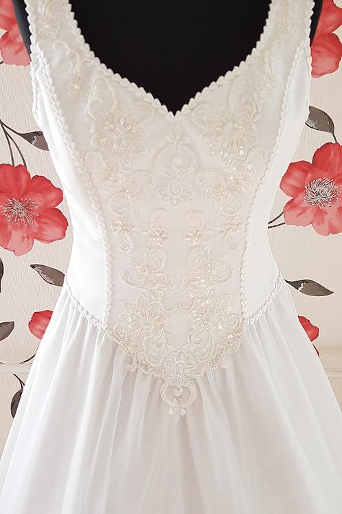F36 Menyasszonyi ruha