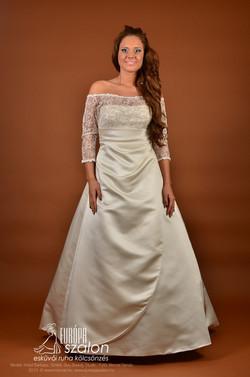 M152 Menyasszonyi ruha