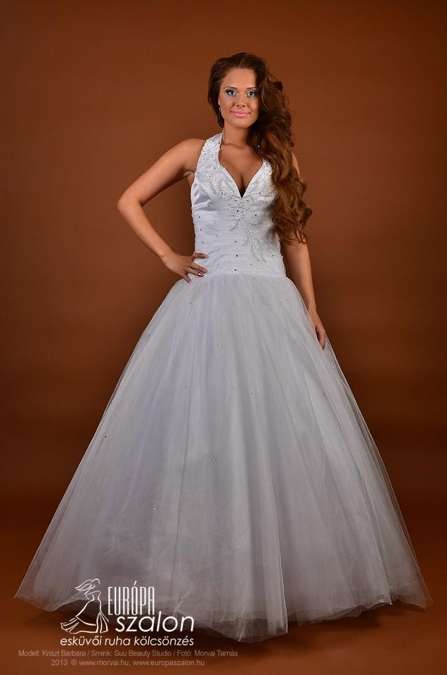M148 Menyasszonyi ruha