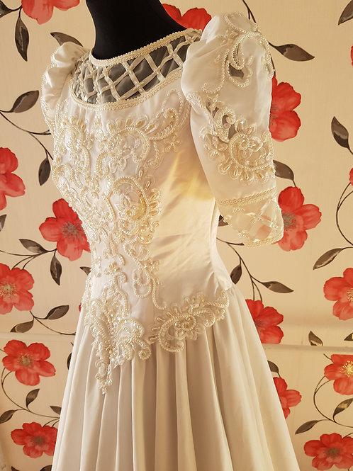 M86 Menyasszonyi ruha