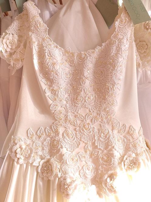 M55 Menyasszonyi ruha