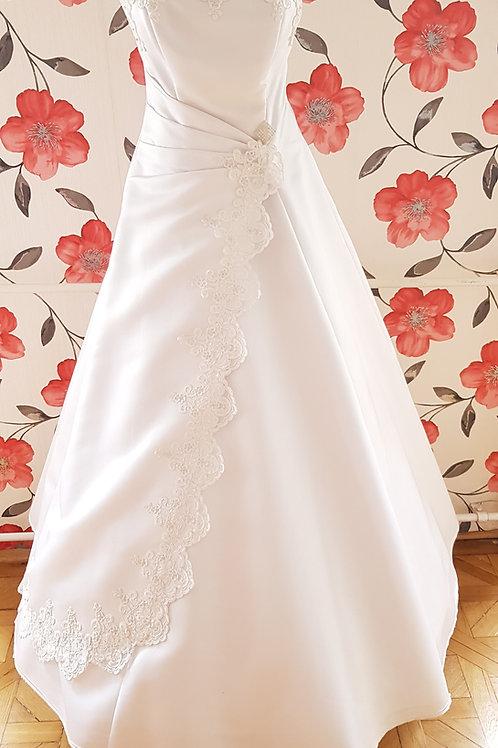 MIR_4 Menyasszonyi ruha