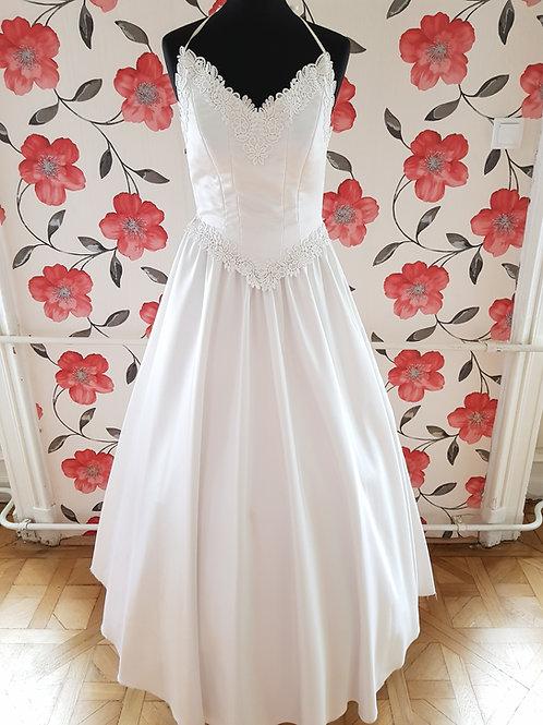 M81 Menyasszonyi ruha