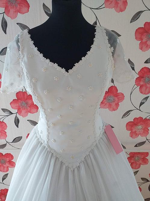M69 Menyasszonyi ruha