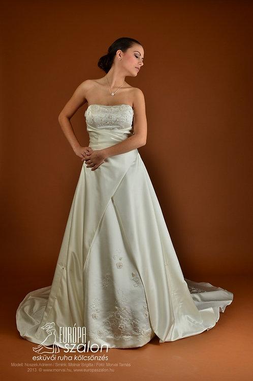 M29 Menyasszonyi ruha