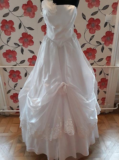 M14 Menyasszonyi ruha