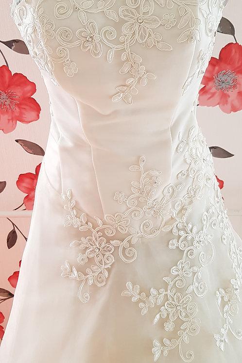 19. Menyasszonyi ruha