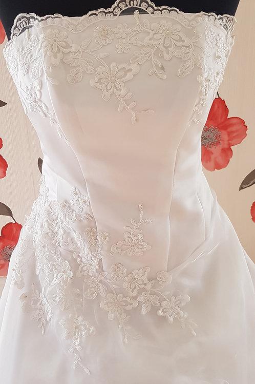 MIR1 Menyasszonyi ruha