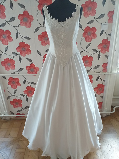 M62 Menyasszonyi ruha