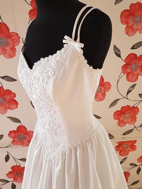 M100 Menyasszonyi ruha