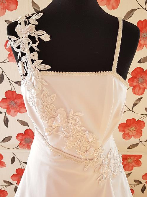 M71 Menyasszonyi ruha