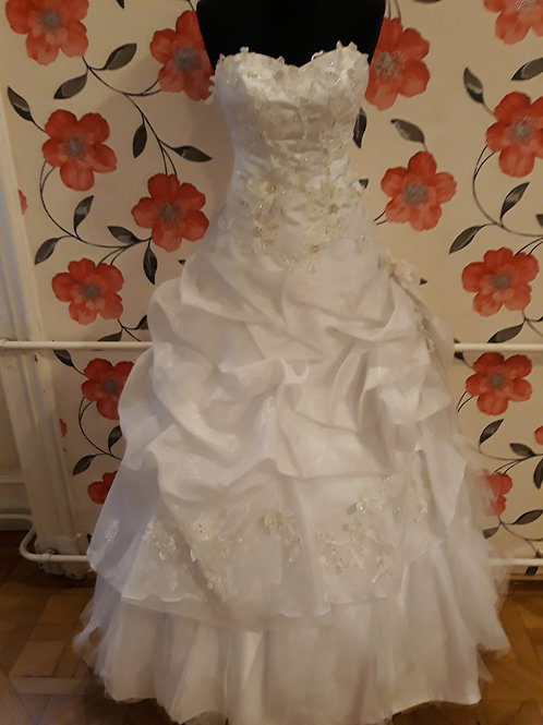 M23 Menyasszonyi ruha