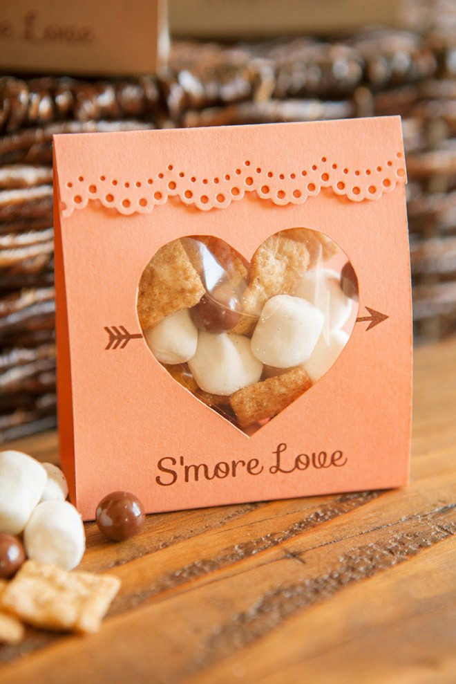http://somethingturquoise.com/2015/10/09/diy-smores-wedding-favors/