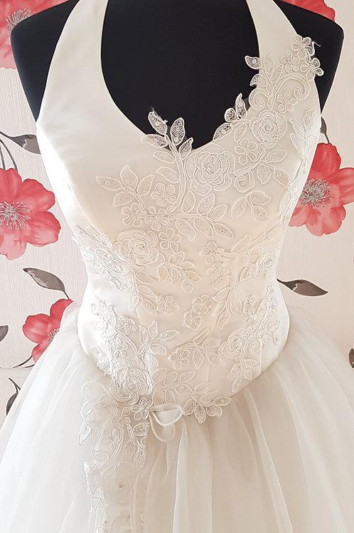 F46 Menyasszonyi ruha