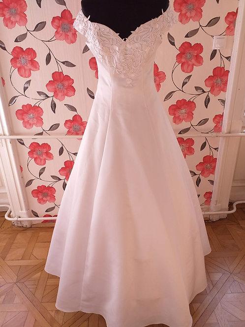 M50 Menyasszonyi ruha