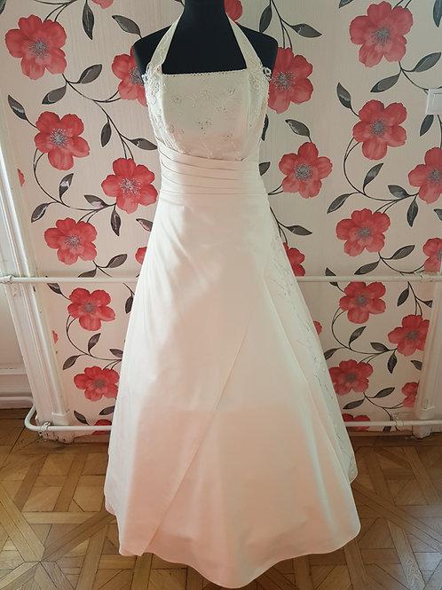 F19 Menyasszonyi ruha
