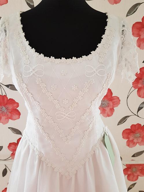 M77 Menyasszonyi ruha
