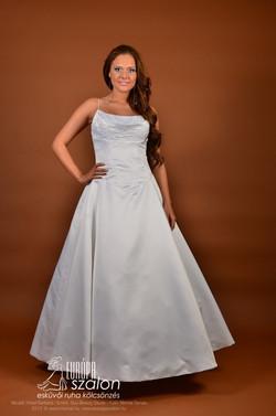 M158 Menyasszonyi ruha