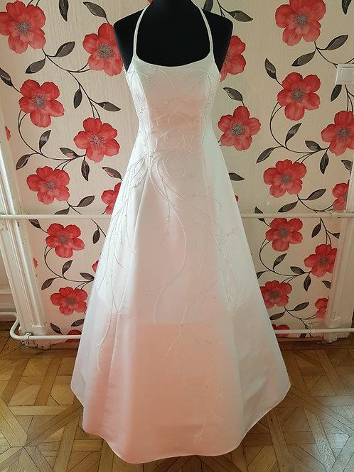 F7 Menyasszonyi ruha