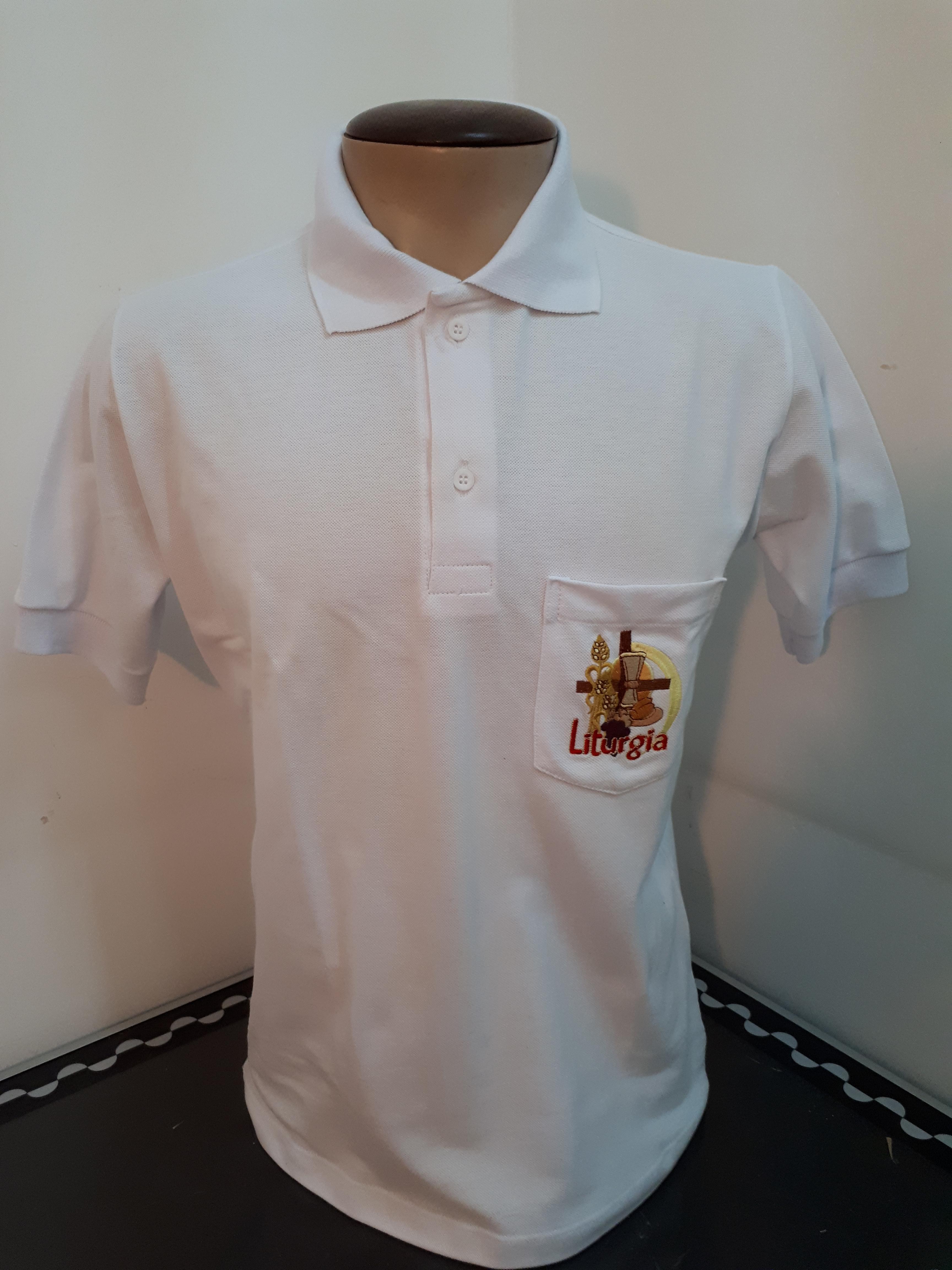 Camisa gola polo bordada bolso