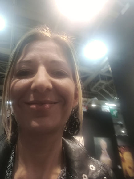 bea-palatinus-paris-art-fair-expo-selfie-2018.jpg