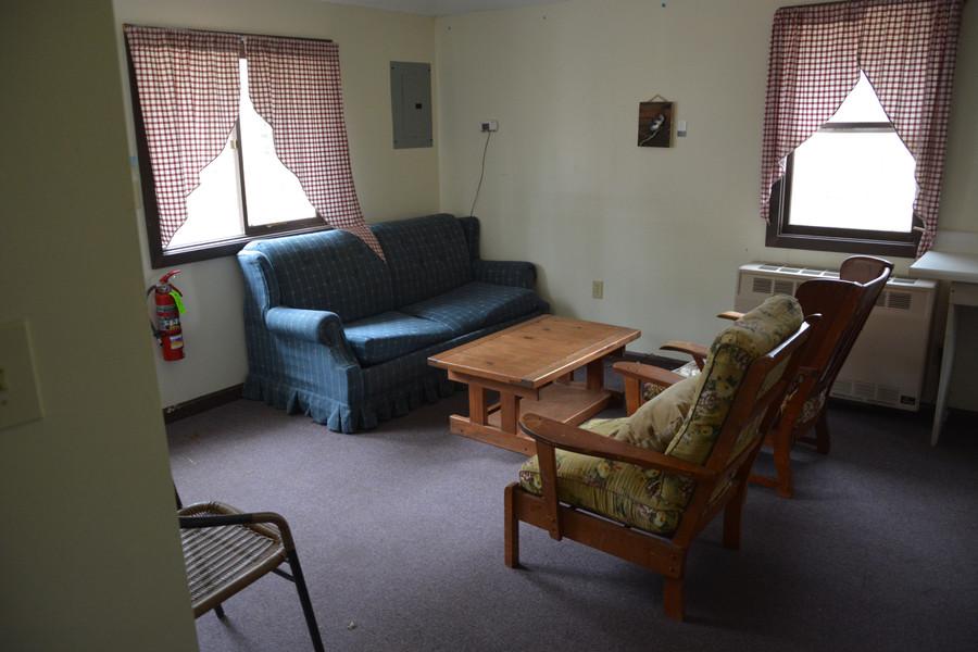 Ataloa Large Cabin Common Room