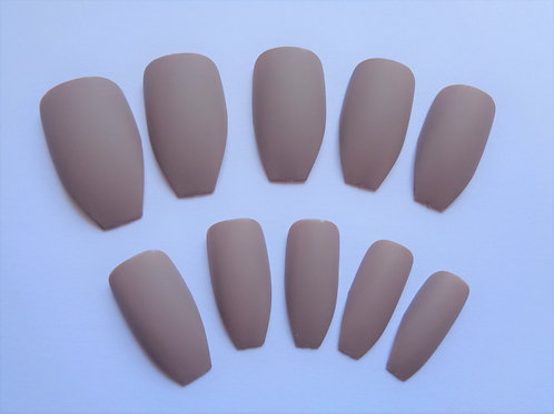 Wide fit false nails matte cappuccino in 5 styles