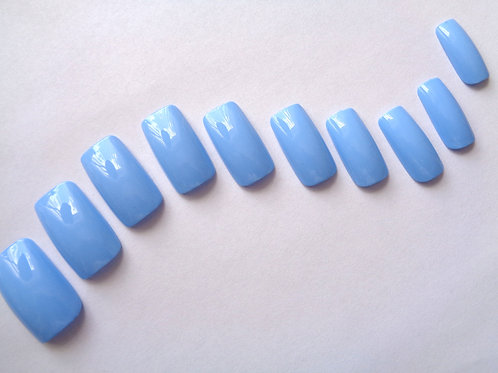 Wide fit false nails Baby Blue in 5 styles
