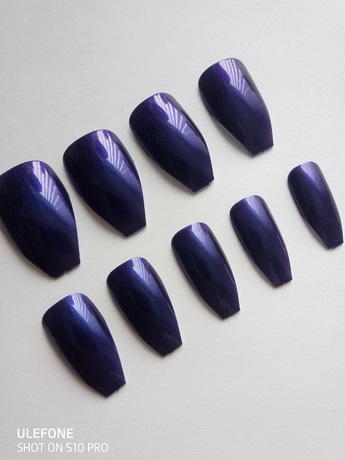 Wide fit Ursula mauve shaped false nails