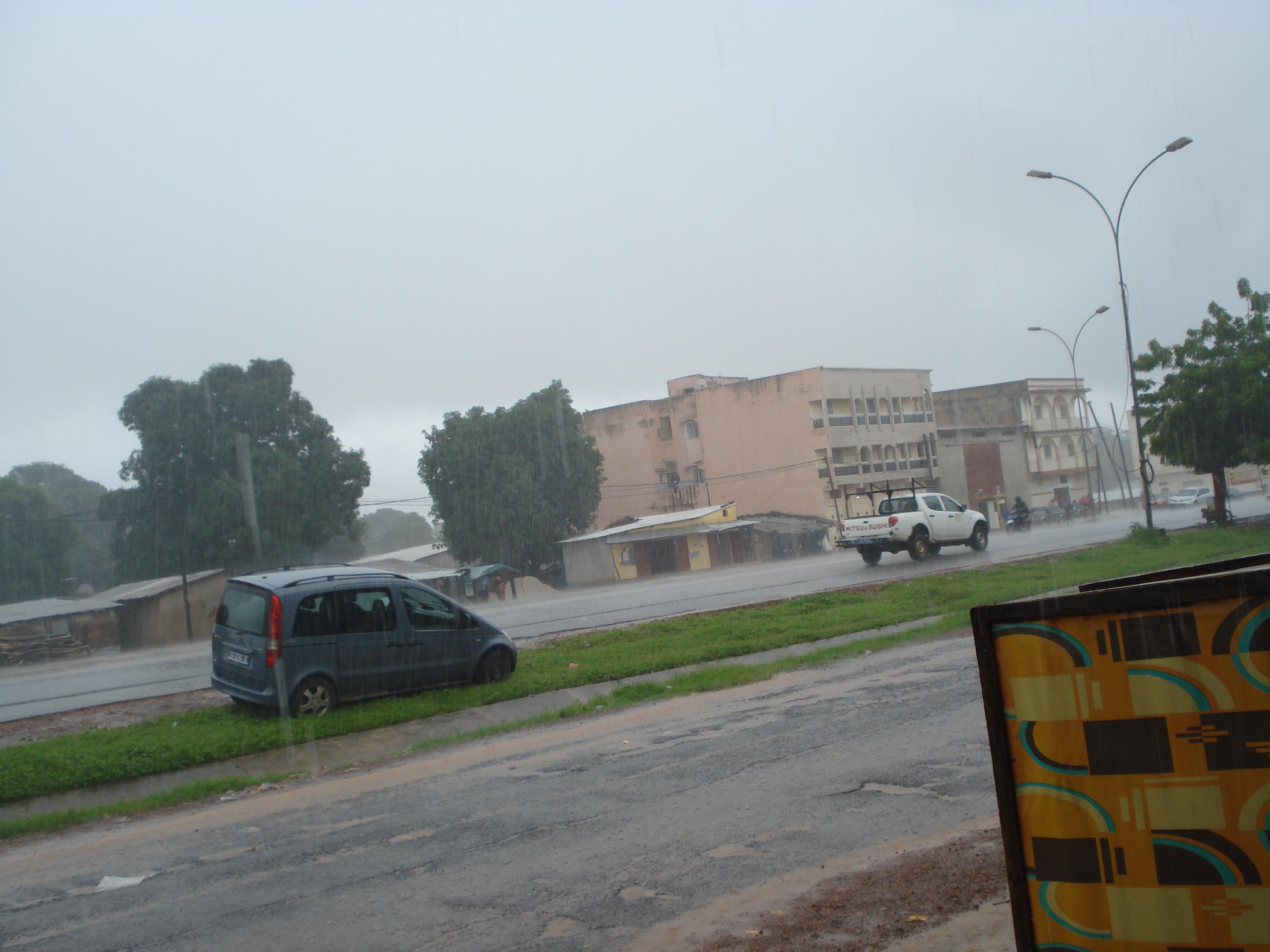 Boulevard 54, sur la route de Guinée-Bissau