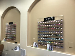 nail salon 1.jpeg