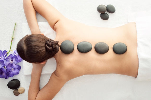 90 min. Hot Stone Massage