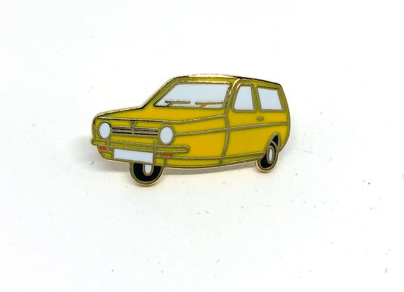 RELIANT ROBIN CAR BADGE