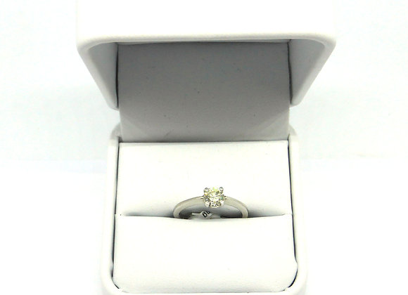 18CT 1/3CT DIAMOND RING
