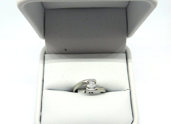 18CT 30PTS DIAMOND RING