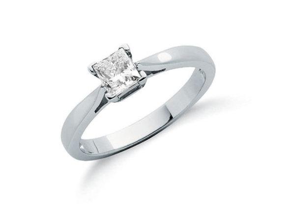 18CT WHITE GOLD .50CT PRINCESS CUT DIAMOND RING