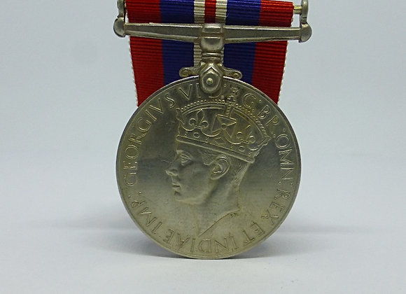 WAR MEDAL 1939 - 1945