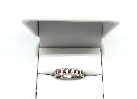 18CT 46CT DIAMOND 70PTS RUBY