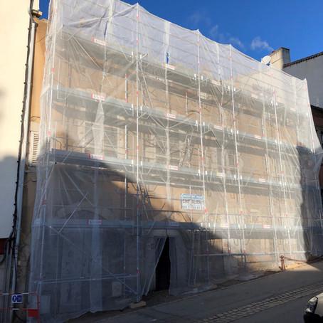 """Montbrison : une propriété classée """"monument historique"""" en rénovation."""
